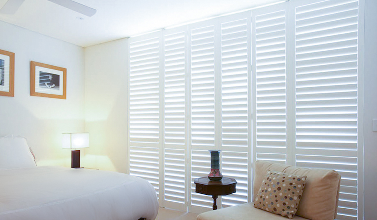 Hardwood Shutters Hinged - Bedroom