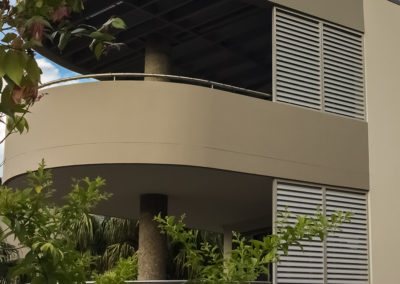 Aluminium-Privacy-Screens---Balcony---Newport