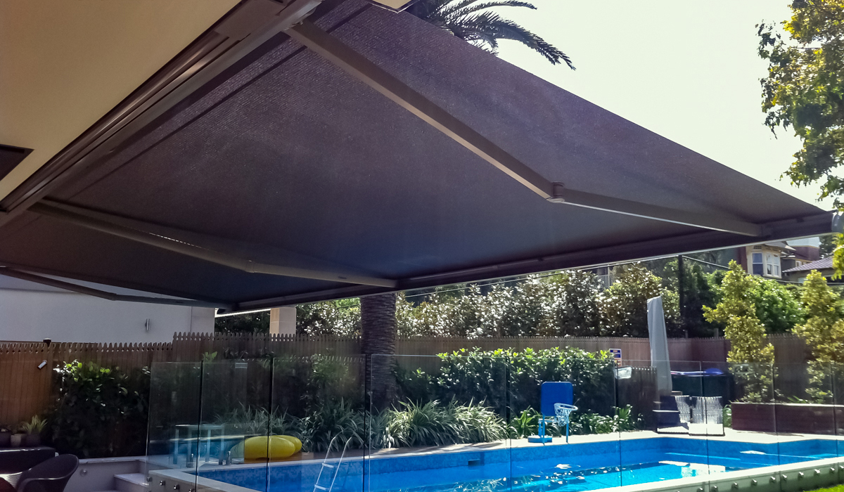 Folding-Arm-Awning---Over-Pool
