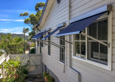 Pivot-Arm-Awnings---Newport-1
