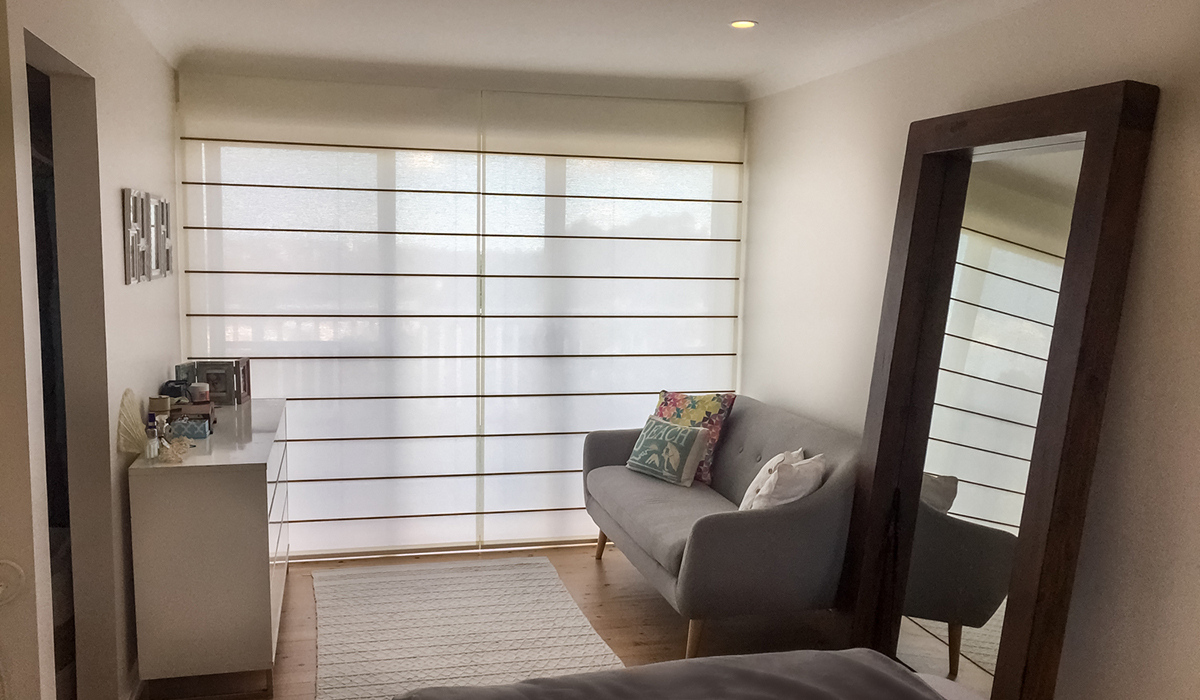 Roman-Blind-with-Screen-Fabric-Bedroom